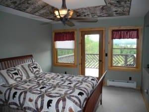 fern_lake_lodging_bedroom-300x225